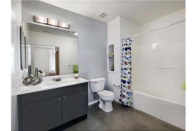 2 bedrooms Apartment - Just steps away from upscale shopping and award-winning restaurants.