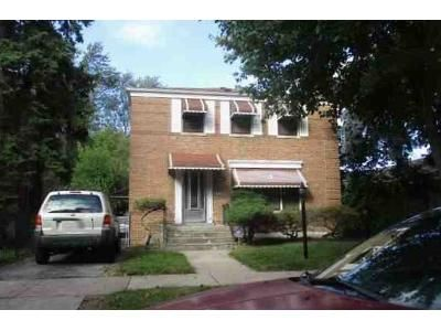 3 Bed 1 Bath Foreclosure Property in Chicago, IL 60628 - S Parnell Ave