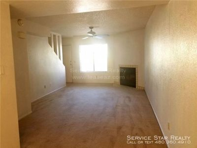 Quaint Tempe Townhome with Community Pool