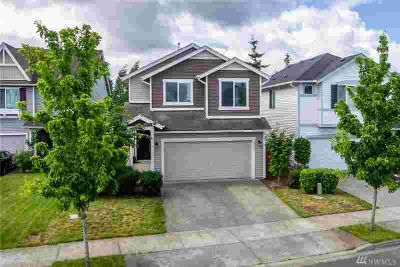 8228 12th St SE Lake Stevens Three BR, Fantastic layout with a