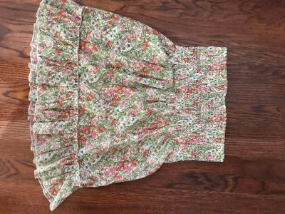 Super cute Forever 21 strapless top, so soft , perfect for summer (could be worn as a skirt too)