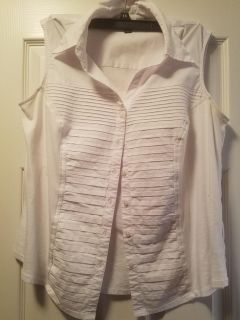 Sleeveless career top, goes great with blazer
