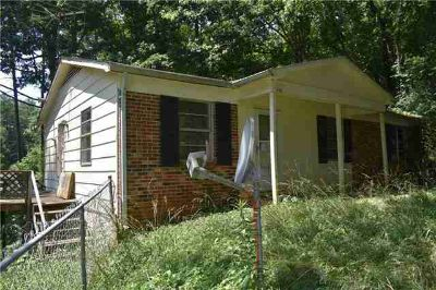 208 Edgewood Circle MORGANTON, A project for those who enjoy