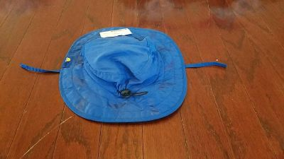 One size 50-54 cm hat