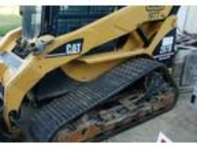 2005 Caterpillar 287B-Skid-Steer Equipment in Tomah, WI