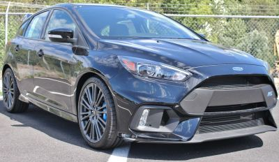 2017 Ford Focus rs (Black)