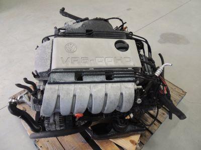 VW VR6 DOHC engine and transmission