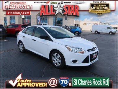 2014 Ford Focus S ()