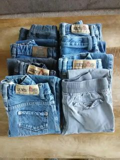 Size 6 boys pants. $2 a pair or $12 for all 8 pair