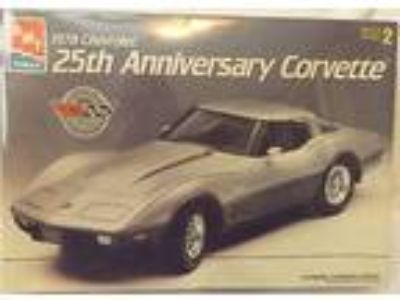 VINTAGE MODELS--1978 CHEVY 25th ANN.CORVETTE MINT FACTORY