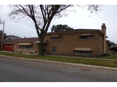 2.5 Bath Preforeclosure Property in Elmwood Park, IL 60707 - N Sayre Ave