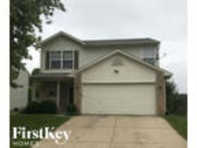 1449 Green Spring Way Indianapolis, IN 46143 - 3/3 1680 sqft