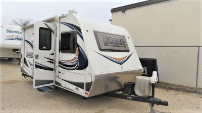 2015 Lance Travel Trailers 1575