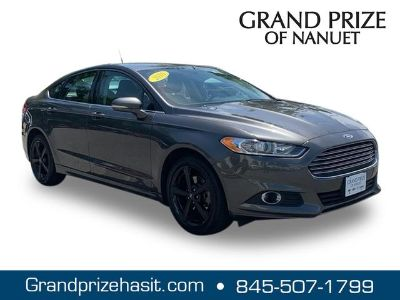 2016 Ford Fusion (Shadow Black)