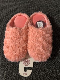 NWT Coral Slippers from Kohl s