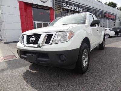 2015 Nissan Frontier XE (Glacier White)