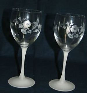 REDUCED Avon Wine Glasses Hummingbird Design (set of 5)