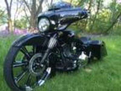 2014 Harley Davidson Street Glide FLHX Vivid Black