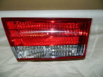 Purchase Hyundai Sonata left driver side Inner Trunk Lid BackupTail light OEM 2006-2008 motorcycle in Rockford, Michigan, US, for US $47.00