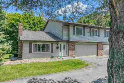 1813 Knox Drive BURNSVILLE, This a wonderful Two BR