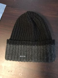 MICHAEL KORS authentic winter knit hat. Very warm.