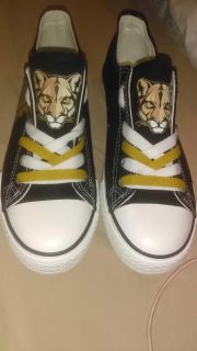 Women's shoes size 8 never worn