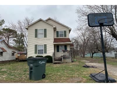 3 Bed 1 Bath Foreclosure Property in Elizabethtown, KY 42701 - Sunny St