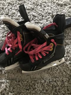 Size 10.5 Youth Bauer Skates