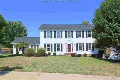 3 Shannon Place Charleston, Sought after south hills