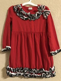 Red Christmas Adorable Tonic Top. Nice Condition. Size 4T