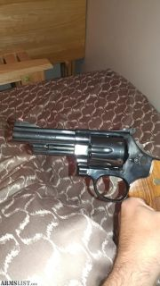 For Sale: Smith and Wesson 29 classic .44 magnum