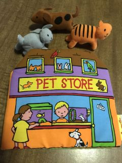Toddler Pet Store Book w/finger puppets that also Velcro to felt pages