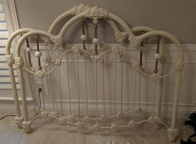 White Iron Bed with Frame-Full Size