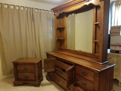 Dresser, mirror and 2 bedside tables