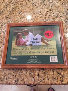 Picture frame 10 x 13 brand new