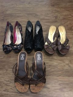 4 pairs of women s shoes