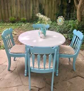 Dining ~ kitchen table with four chairs