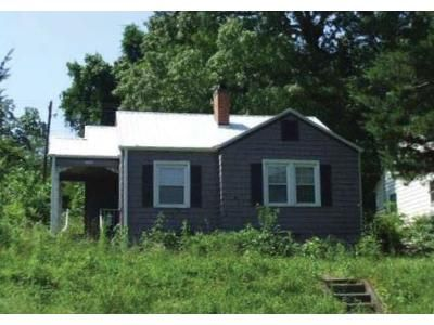 2 Bed 1 Bath Foreclosure Property in Birmingham, AL 35218 - 40th Street Ensley
