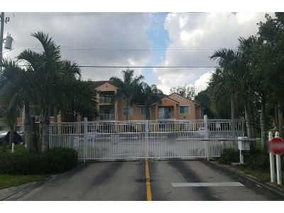2 Bed 2 Bath Preforeclosure Property in Port Saint Lucie, FL 34986 - SW Palm Dr Apt 104