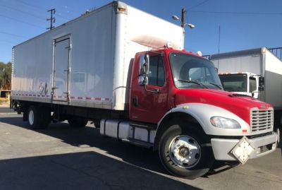 2012 Freightliner M2 BUSINESS 106