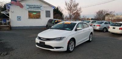 2015 Chrysler 200 Limited (White)