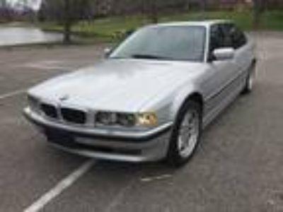 2001 BMW 750iL E38 V12