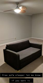 FREE COUCH FCFS