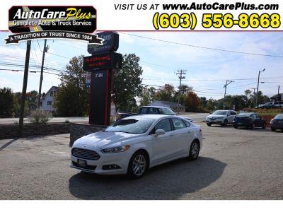 2014 Ford Fusion SE (WHITE)