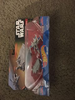Star Wars Transporter and X-Wing Fighter
