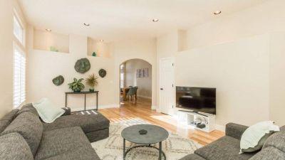 $3400 3 single-family home in RENO