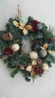 $10 VERY well loved wreath.