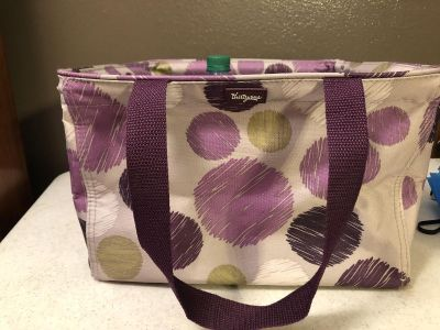 THIRTY-ONE SQUARE UTILITY TOTE - SKETCHY DOTS