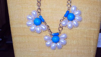 Turquoise & White Flowered Pearl Necklace & Earrings Set