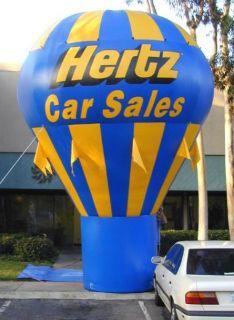 The best giant replicas, kiosks, air balloons